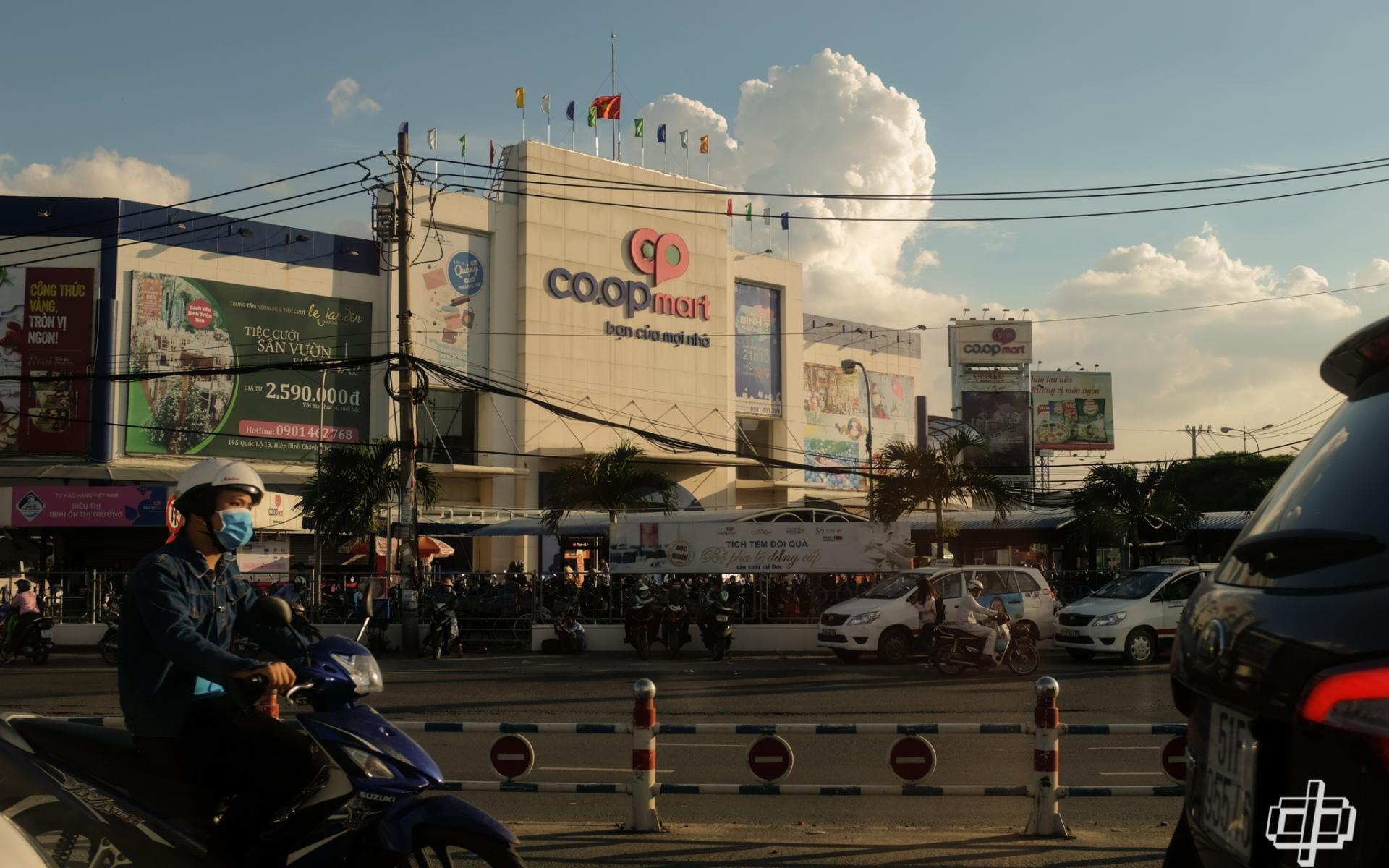 FUJIFILM X100F - Explore Ho Chi Minh City (Saigon)